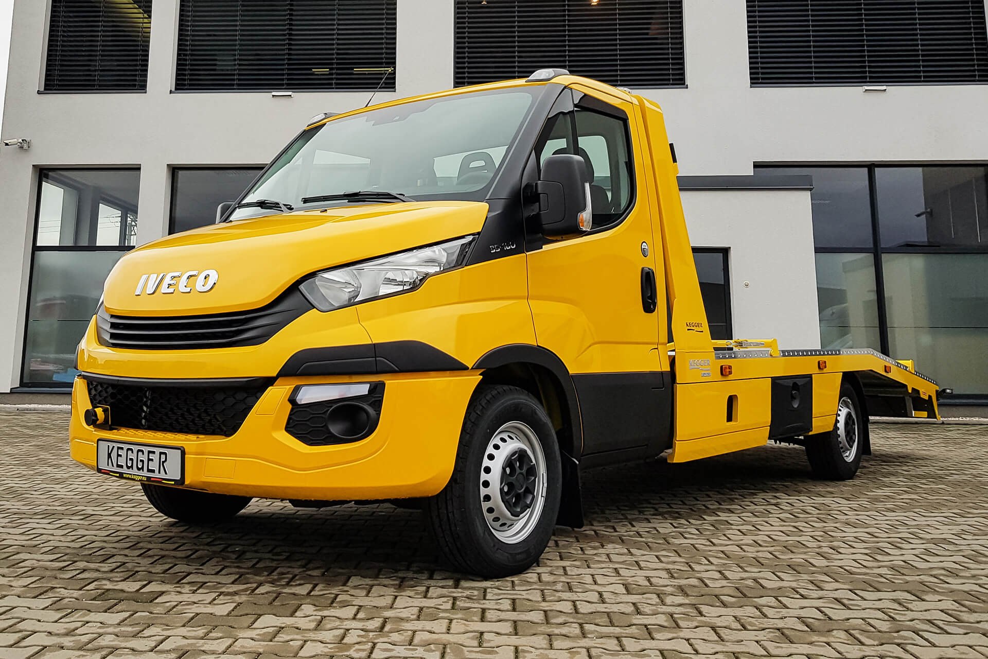 Iveco Daily Low Race Basis