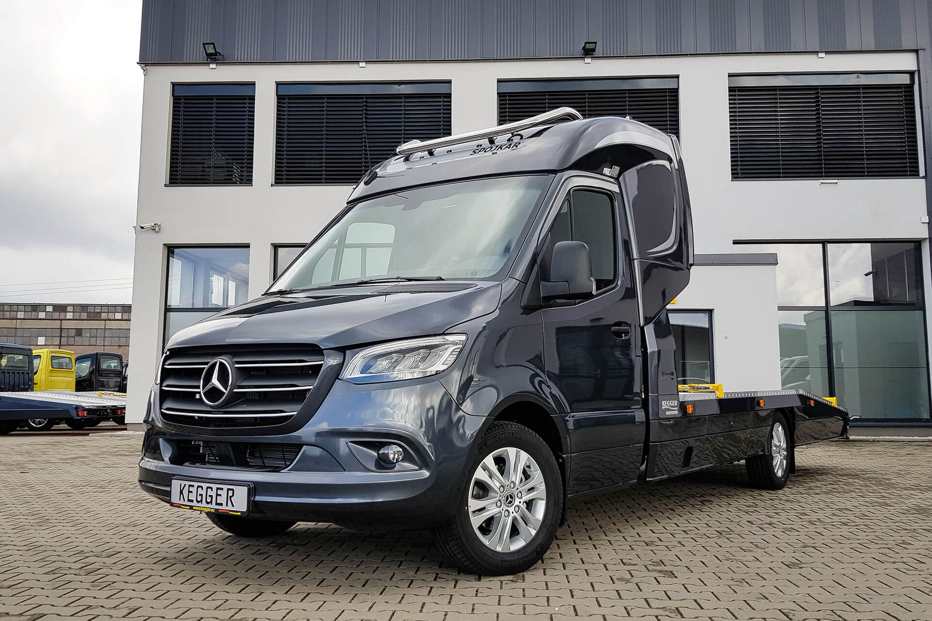 Mercedes Sprinter Low Race Pakiet +